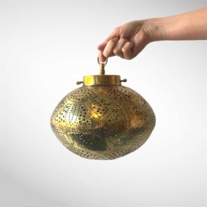 Marokkansk messing lampe - Mål: 25x15cm.