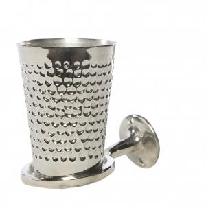 Håndlavet tandkrus med holder i banket metal