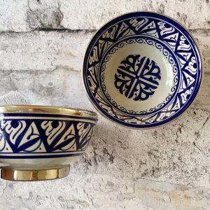 Marokkansk håndlavet keramikskål med metalkant - Odina, blå.
