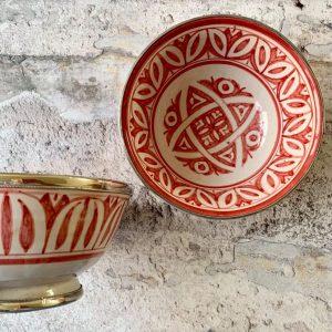 Marokkansk håndlavet keramikskål med metalkant - Odina, rød.